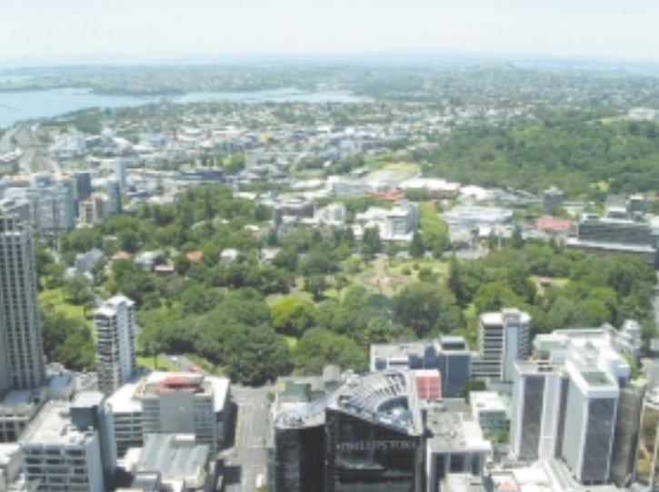 University of Auckland Symonds Street Campus and Albert Park as seen from the Skytower, the tallest building in the Southern Hemisphere. CREDIT: Robert Jackson